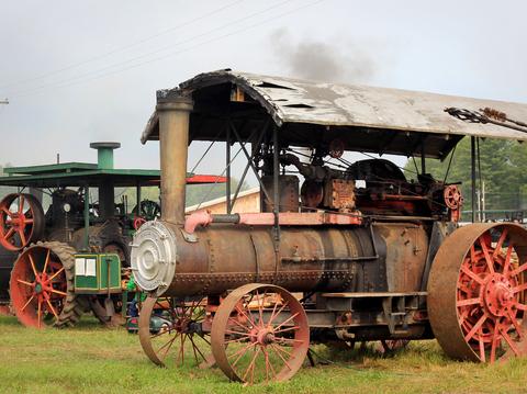 Traktor med tändkulemotor